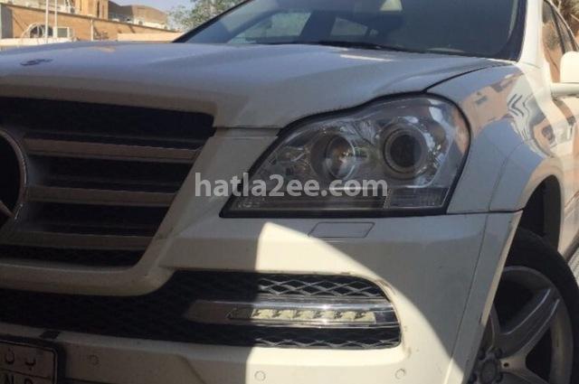 GL Class Mercedes أبيض