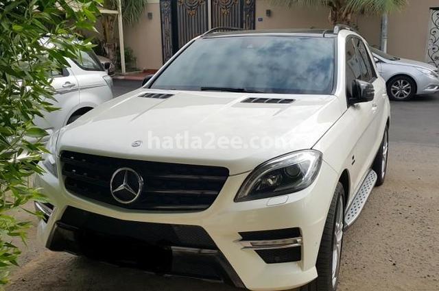 ML Mercedes أبيض