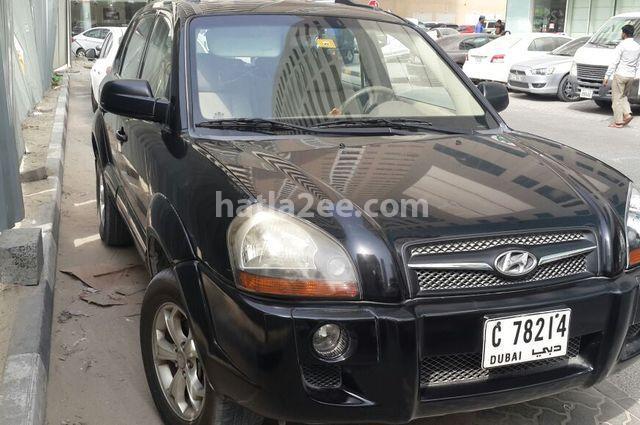 Tucson Hyundai أسود