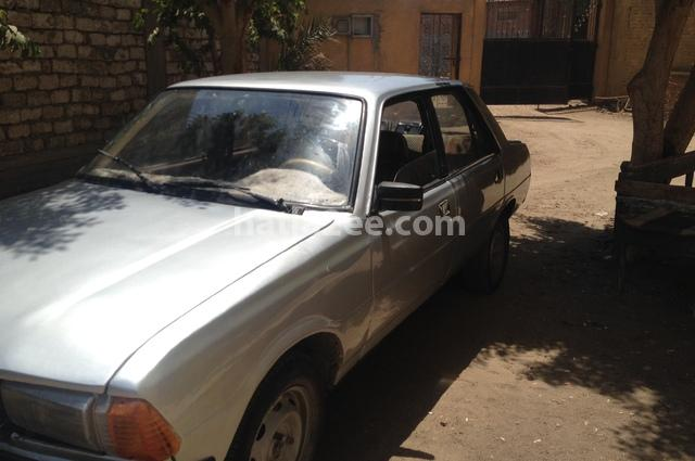 305 peugeot 1979 faiyum silver 1502196 - car for sale : hatla2ee