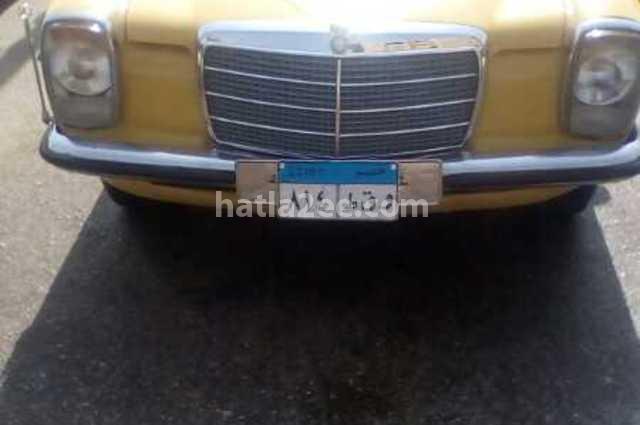 200 Mercedes اصفر
