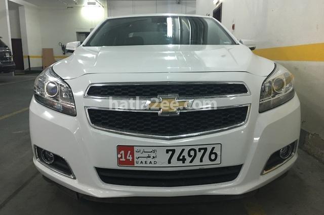 9-7 X Chevrolet أبيض