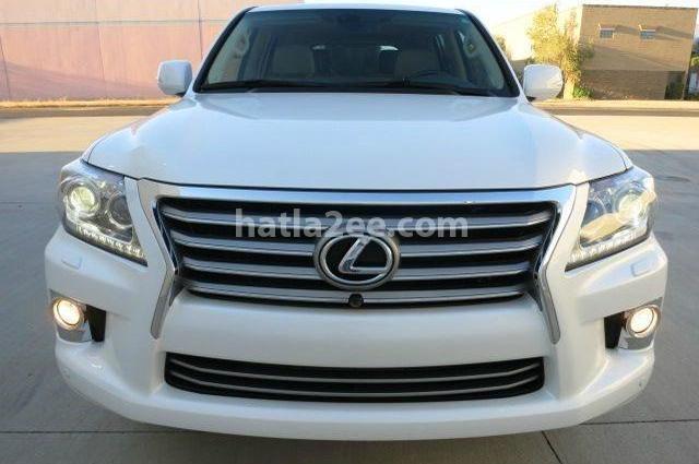 Lx Lexus أبيض