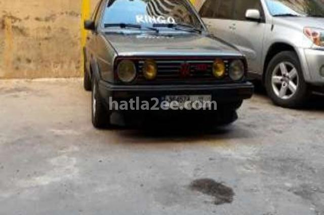 Golf Volkswagen رمادي