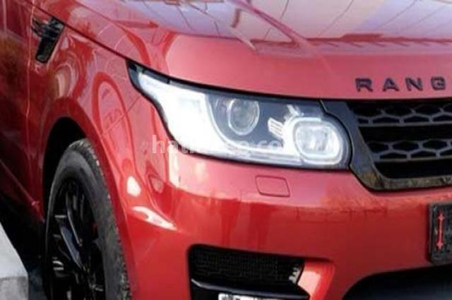 Sport Land Rover احمر