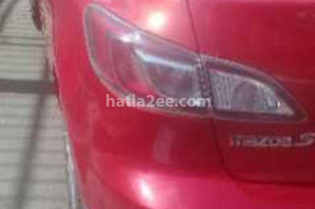 Mazda 3 Mazda احمر