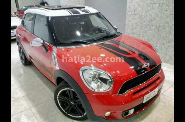 Cooper Mini احمر