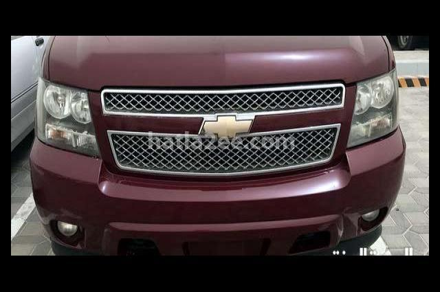 Avalanche Chevrolet احمر غامق