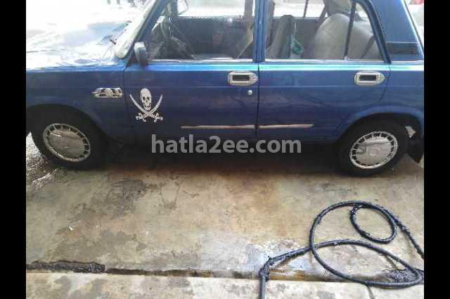 2107 Lada أزرق