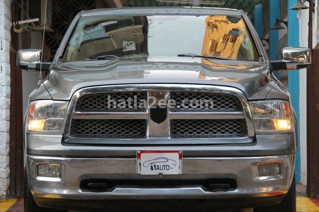 Ram Dodge رمادي