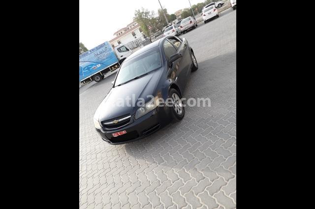 Lumina Chevrolet أسود