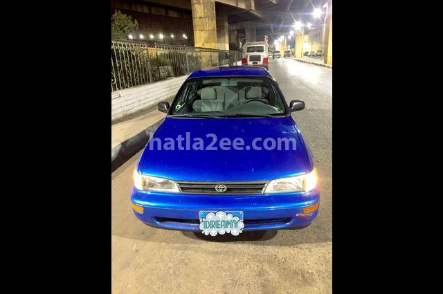 Corolla Toyota أزرق