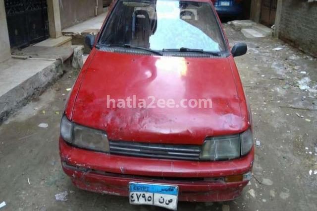 Charade Daihatsu احمر