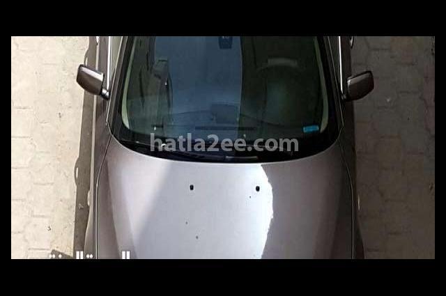 525 BMW رمادي