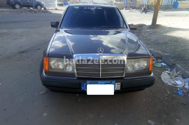 230 Mercedes احمر