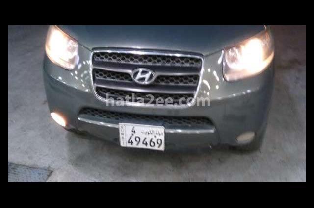 Santa Fe Hyundai أخضر