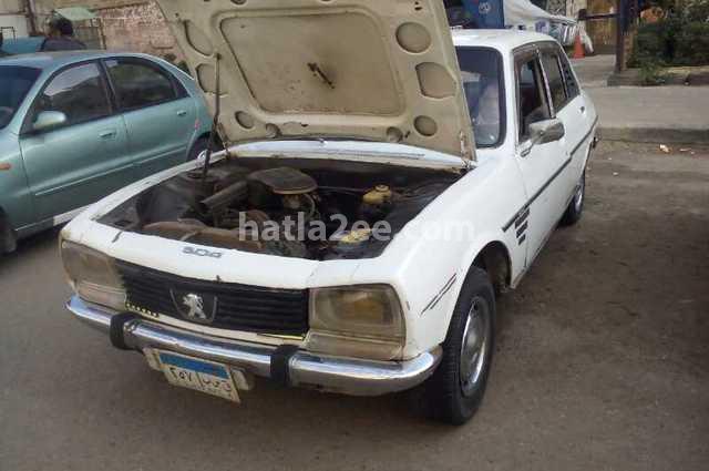 504 Peugeot أبيض