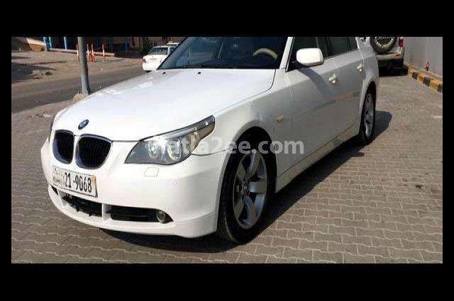 525 BMW أبيض