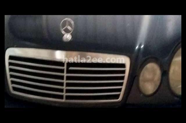 C 240 Mercedes أزرق