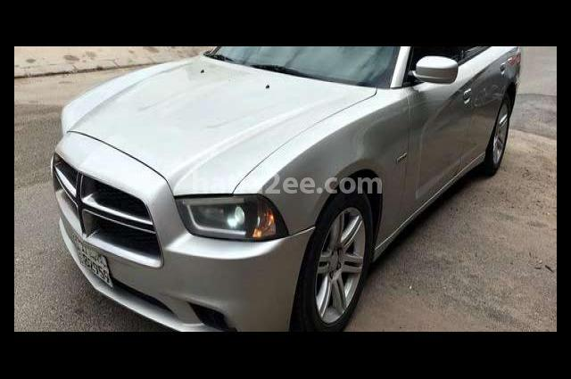 Charger Dodge بيج