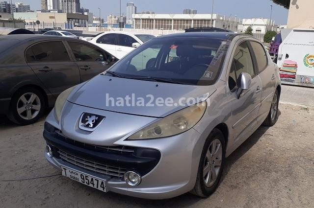 207 Peugeot فضي