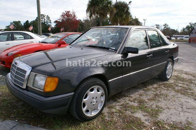 200 Mercedes أسود