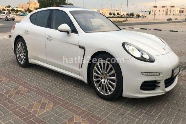 Panamera Porsche أبيض