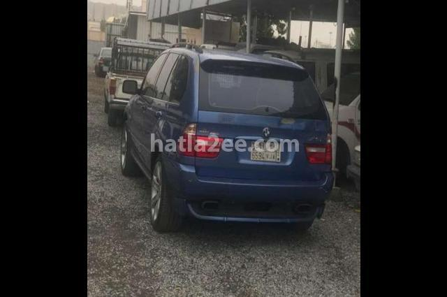 X5 BMW الأزرق الداكن