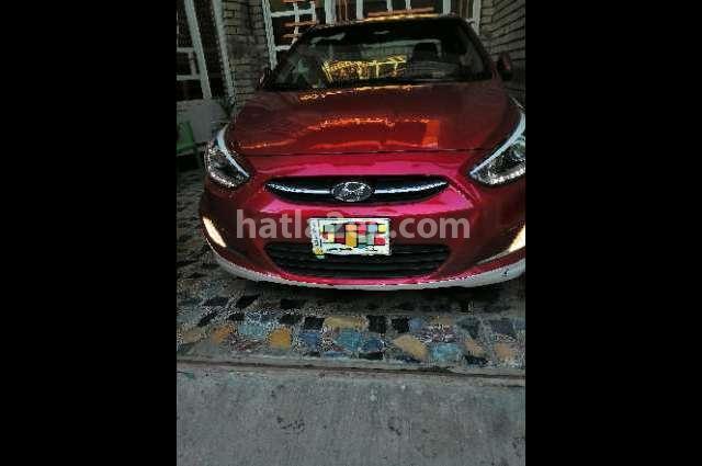 Accent Hyundai احمر