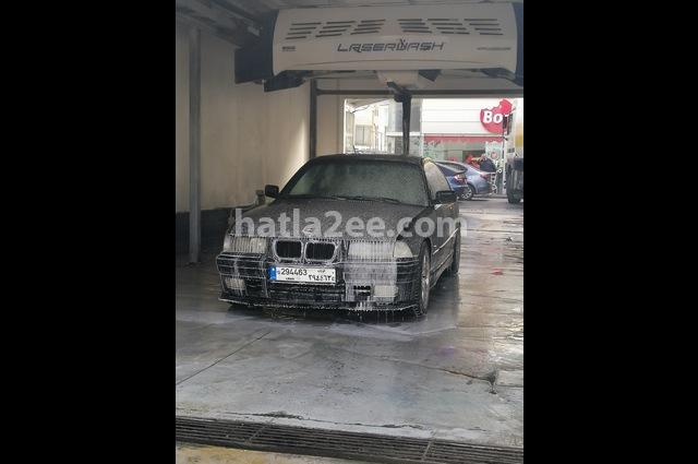 3 Series BMW أسود