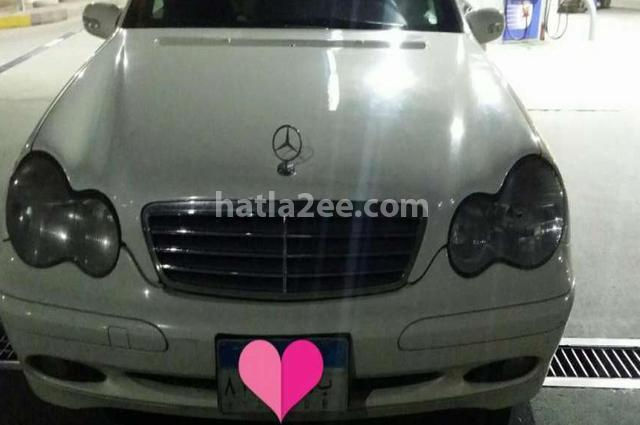C 180 Mercedes أبيض