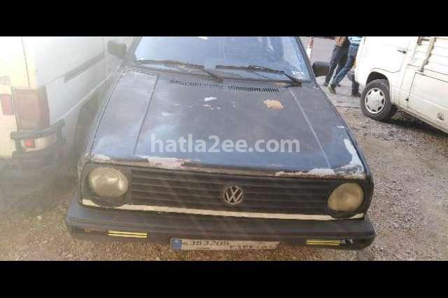Golf Volkswagen أسود