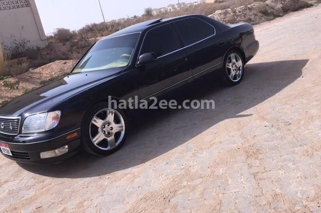 Ls Lexus أسود