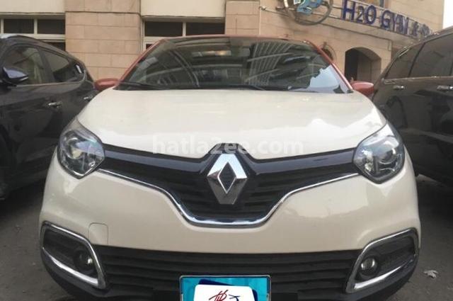 Captur Renault أبيض