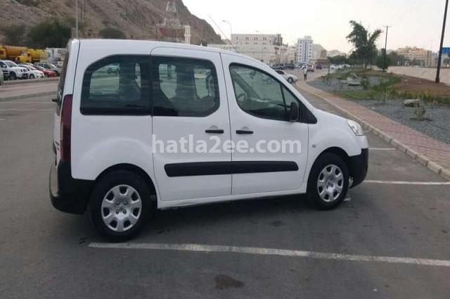 Partner Peugeot أبيض
