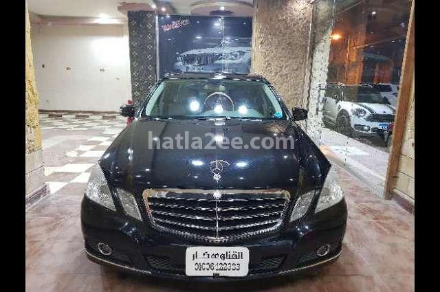 250 Mercedes أسود