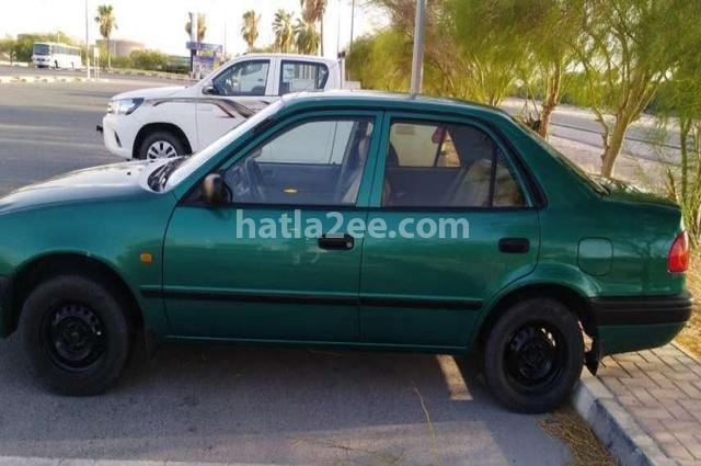 FJ Toyota أخضر