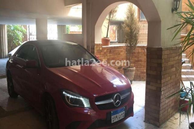 CLA 200 Mercedes Red