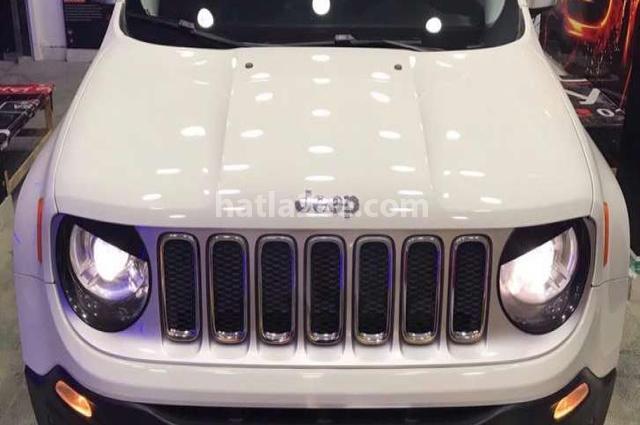 Renegade Jeep أبيض