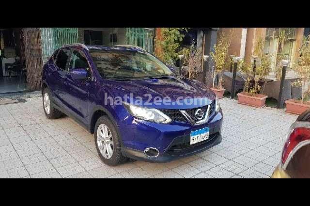 Qashqai Nissan أزرق