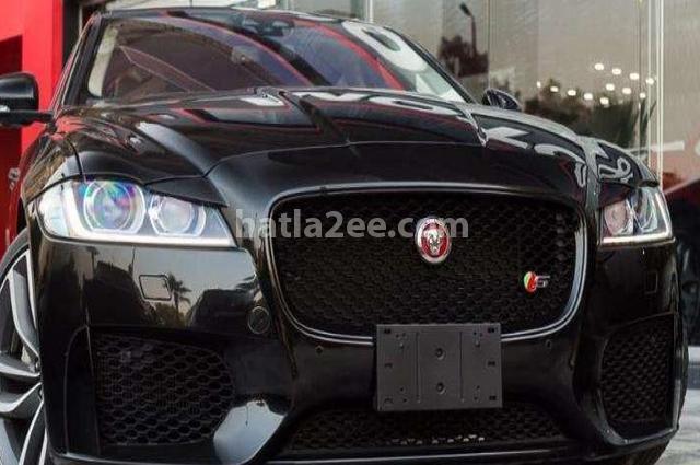 XF Jaguar أسود