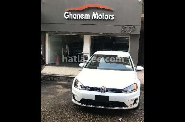 E Golf Volkswagen أبيض
