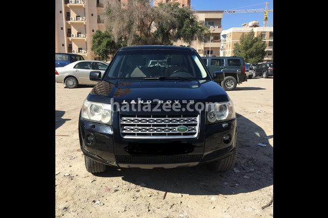 Lr2 Land Rover أسود