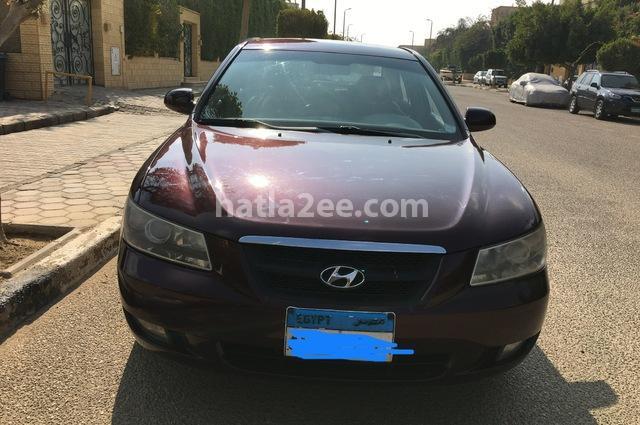 Sonata Hyundai احمر غامق