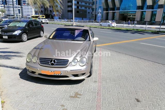CL Class Mercedes ذهبي