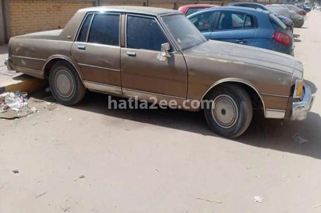 Caprice Chevrolet بني