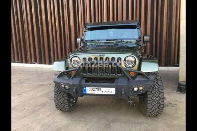 Wrangler Unlimited Jeep اخضر غامق