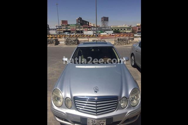 E 230 Mercedes فضي