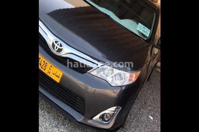 Camry Toyota رمادي
