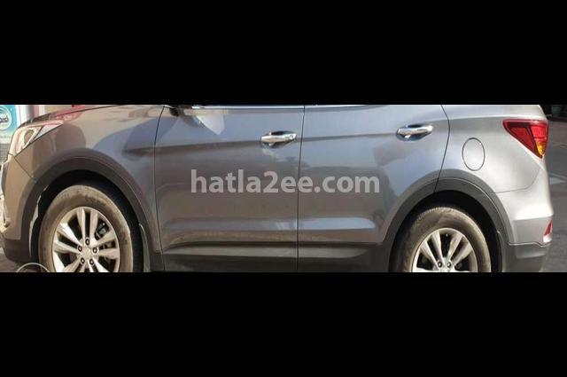 Santa Fe Hyundai رمادي
